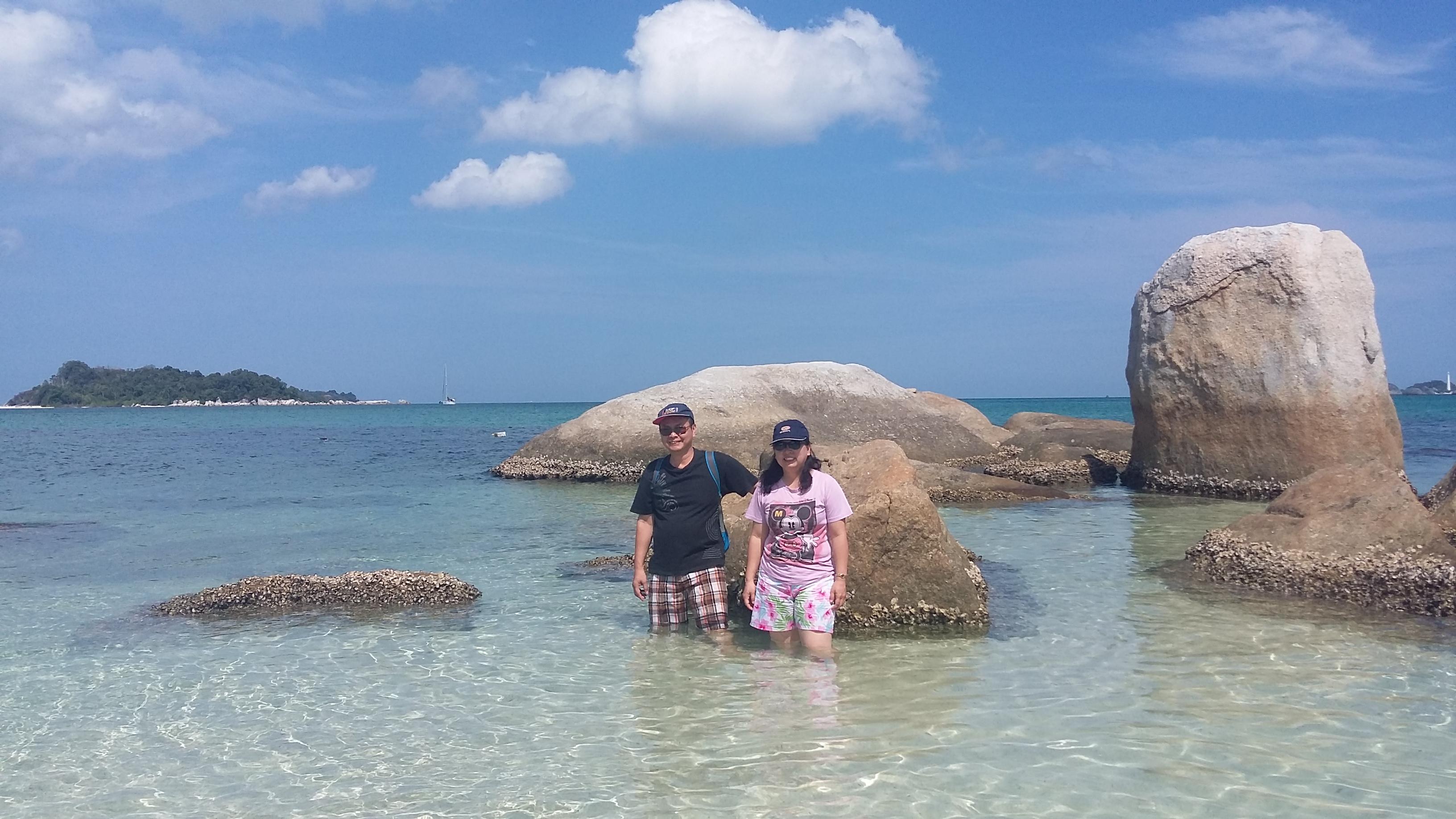 Pantai Pesisir Sijuk – Lokasi Wisata Ngehits Belitung