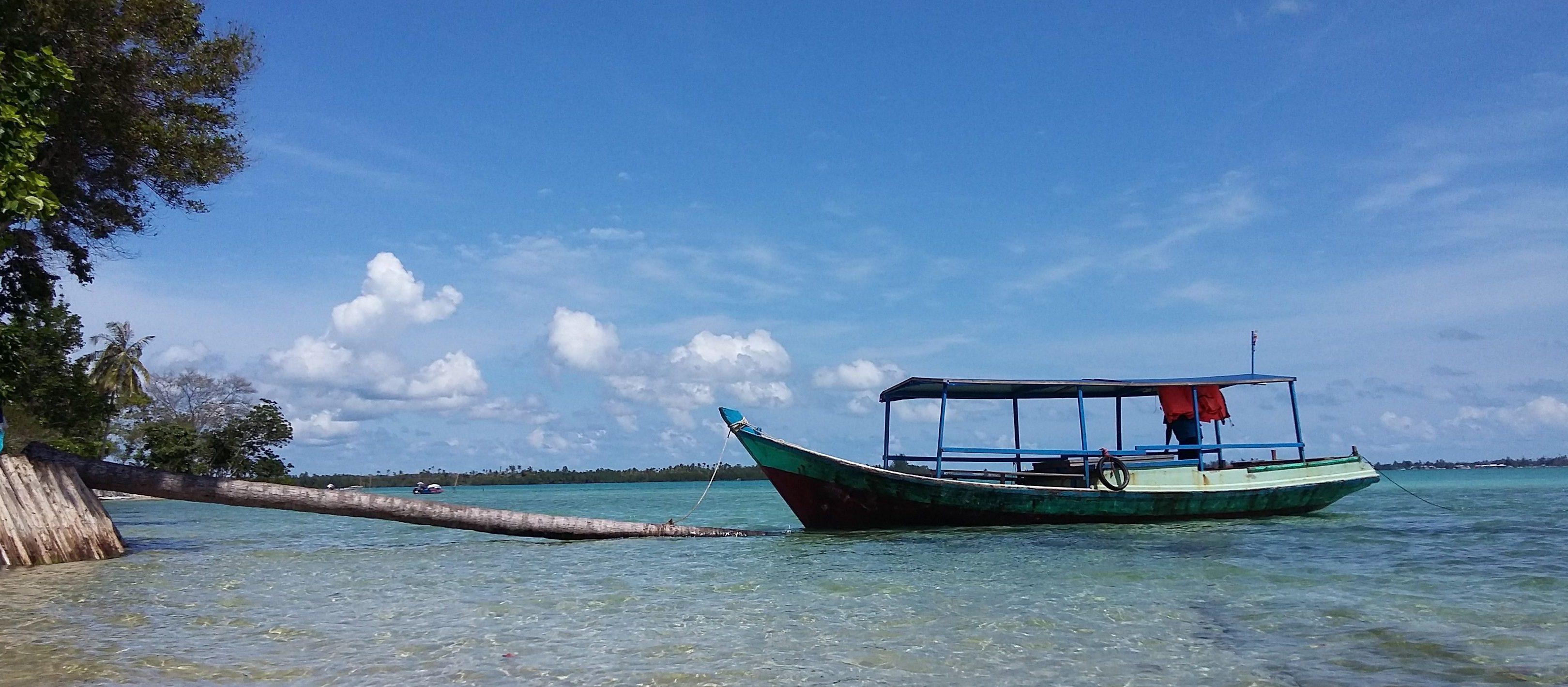 Pantai Serdang – Destinasi Wisata Pantai di Belitung
